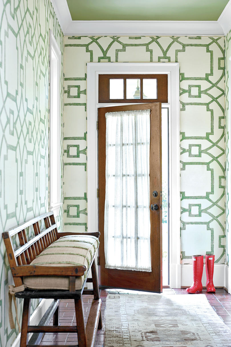 Green Printed Wallpaper in Foyer