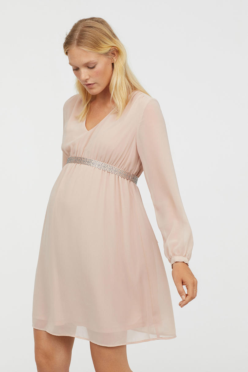 Cute Maternity Dresses For Your Baby Shower