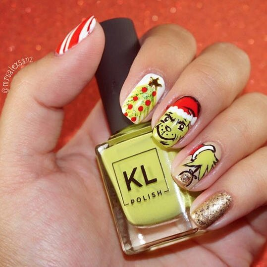 25 Festive Christmas Nail Ideas That\'ll Have You Fa-La-La-ing in Love