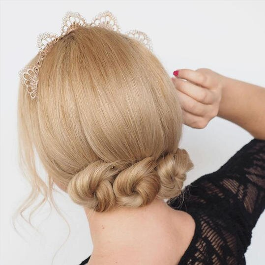 Ditch The Ponytail Here Are 17 Pretty Bun Hairstyles To Try Now