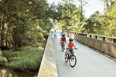 Louisiana family acitivities: Tammany Trace bike trail