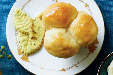 Icebox Dinner Rolls Recipe