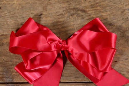 How To Make a Droopy Hanging Bow