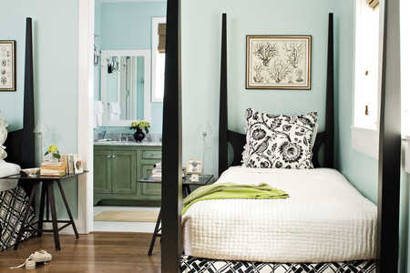2009 Southern Living Texas Idea House Guest Room