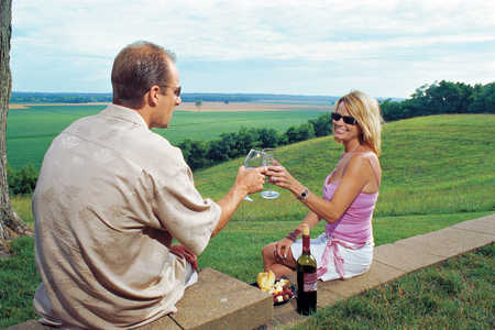 couple drinking wine at mount pleasant winery