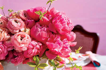 Pink Peony Ombre Centerpiece