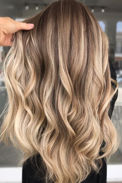 30 Blonde Hair Colors For Fall To Take Straight To Your Stylist