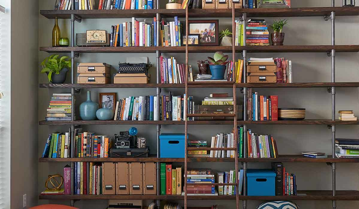 A Stylist's Dream: Bookcases You Can Fill Any Which Way