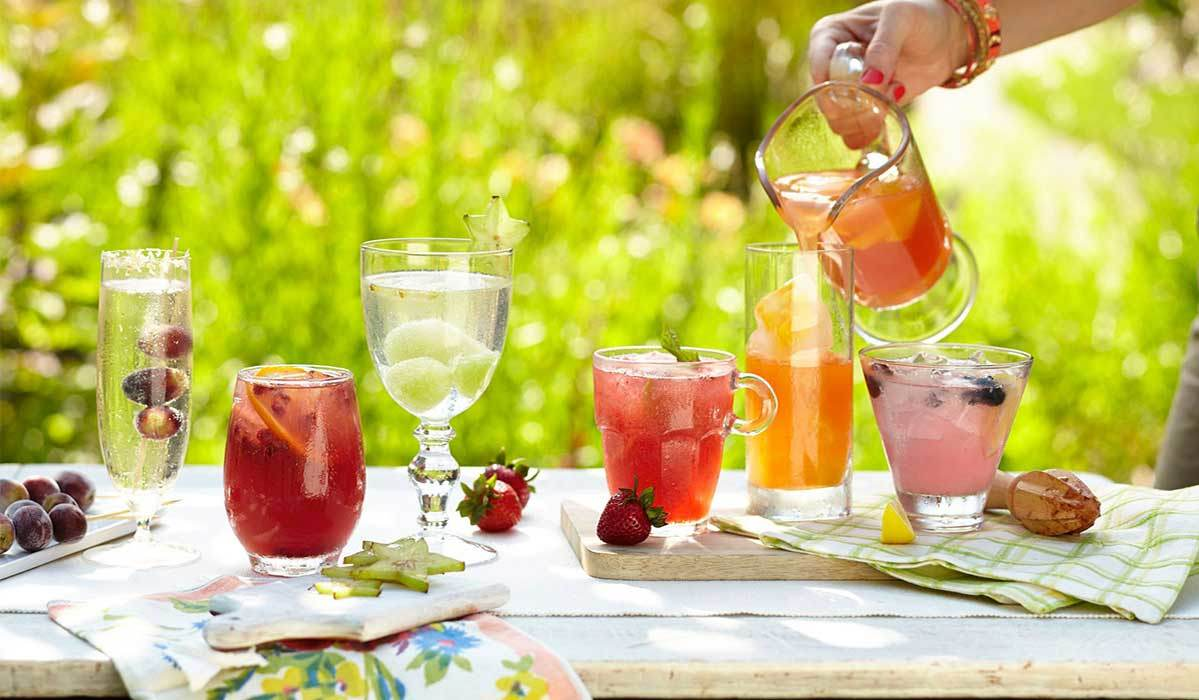 Stemless Wine Glasses for Your Summer Soiree