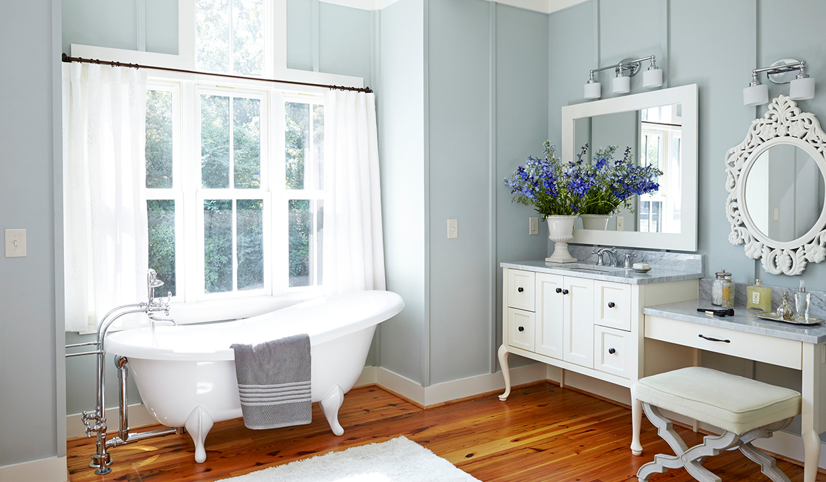 Chic Farmhouse Style for Your Bathroom
