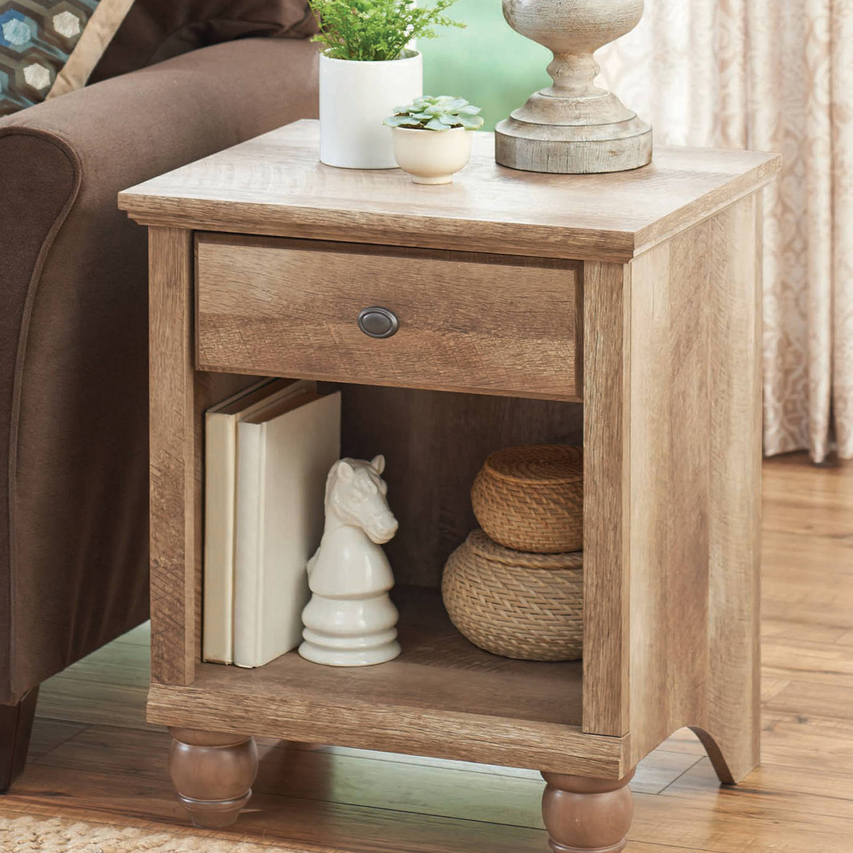 Reclaimed wood end table photo