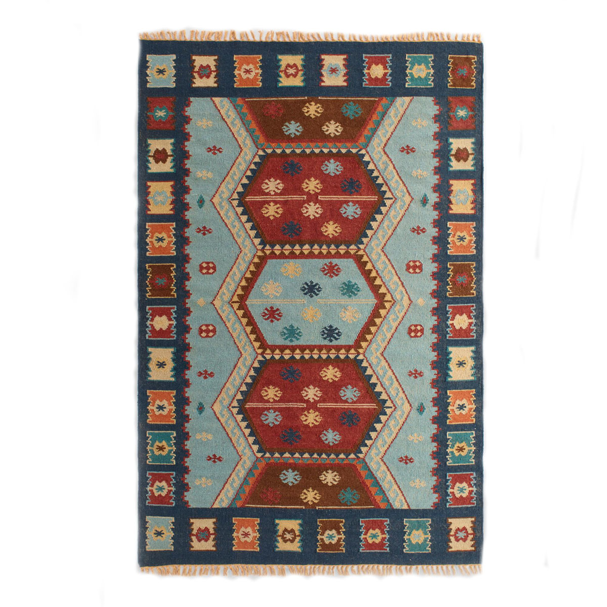 Western-inspired patterned rug made of wool and cotton. photo