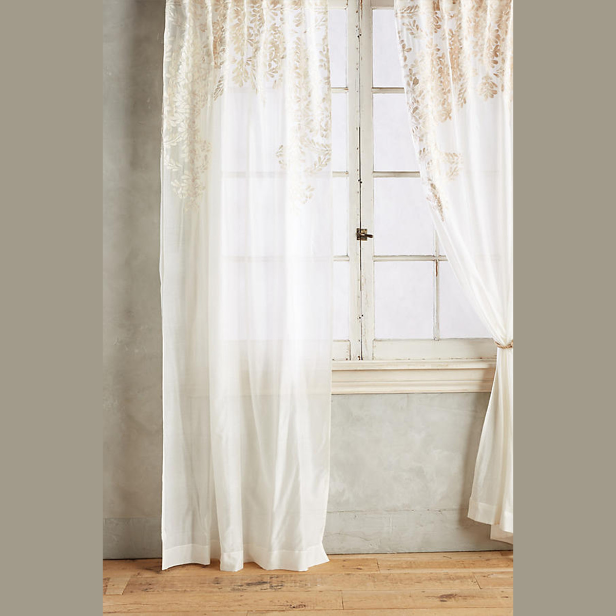 Cotton sari silk curtains with floral pattern photo