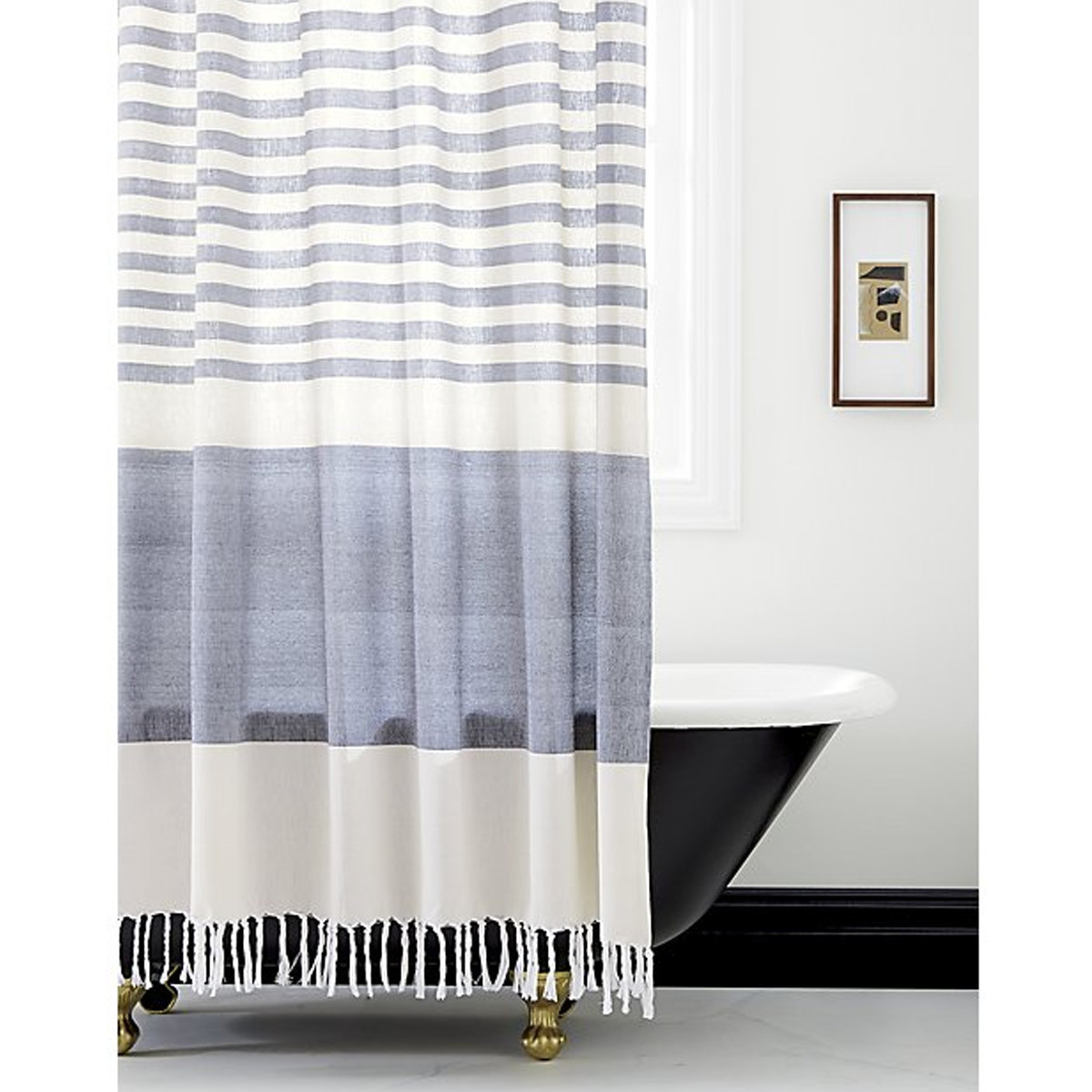 Dark blue tub with matching shower curtain photo