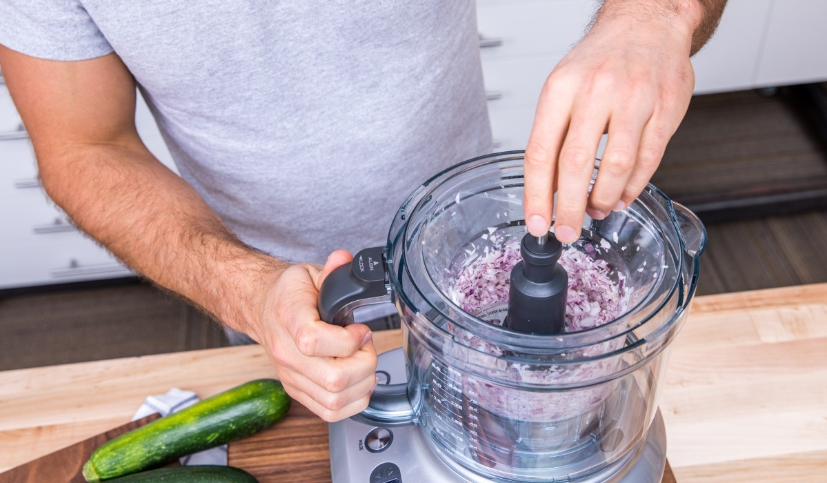 Attirant Food Processors Are Great For Chopping And Roughly Pureeing Foods, But  Theyu0027re Not As Good At Liquefying Ingredients. However, Some Food Processors  Do Come ...