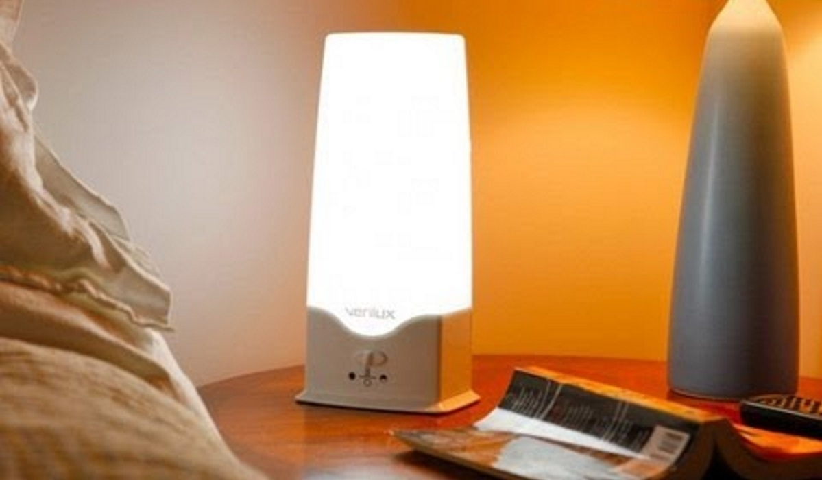 best light therapy lamps of 2018 bhg. Black Bedroom Furniture Sets. Home Design Ideas