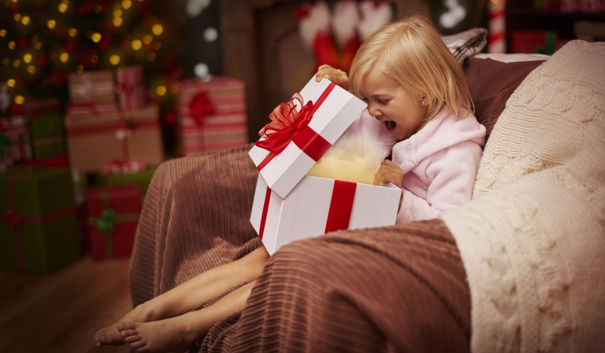 10 Gifts Sure to Please Any Kid This Holiday Season