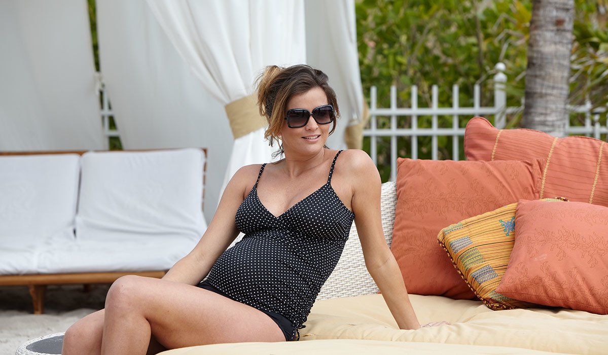 Sun's Out, Bumps Out: Maternity Swimsuits for Expecting Moms