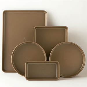 Durable bakeware set with non-stick finish that won't ruin any of your delicious treats. photo