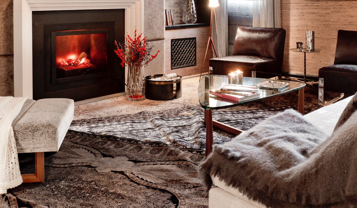 Comfy cozy living room designs - Prepare The Hearth Arrange Candles Strategically And Simplify Decor Before You Cozy Up In Your Favorite Chair And Enjoy The Comforts Of A Warm Living Room