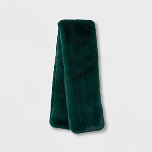 Faux fur scarf in green photo