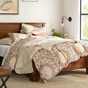 Pottery Barn 200-thread count duvet cover photo