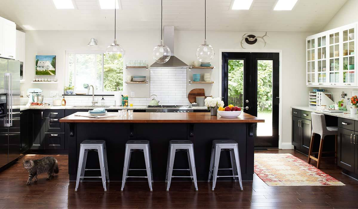 How to Create Your Own Matte-Black Kitchen