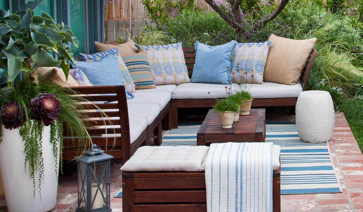10 Outdoor Rugs Your Patio Needs