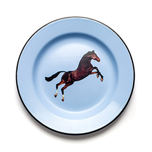 Blue enamel plate with a brown horse in the center photo