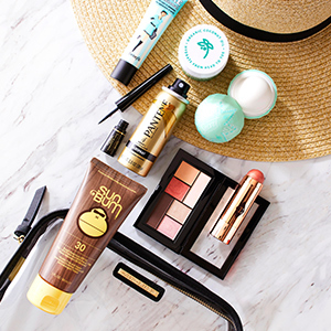 Small beauty products that fit into carry-on photo