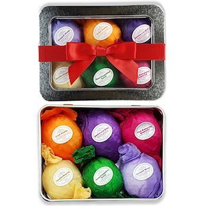 Bath bomb gift set including 6 bath bombs in different colors photo