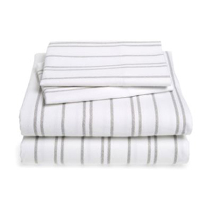 Four-piece flannel sheet set from Nordstrom photo