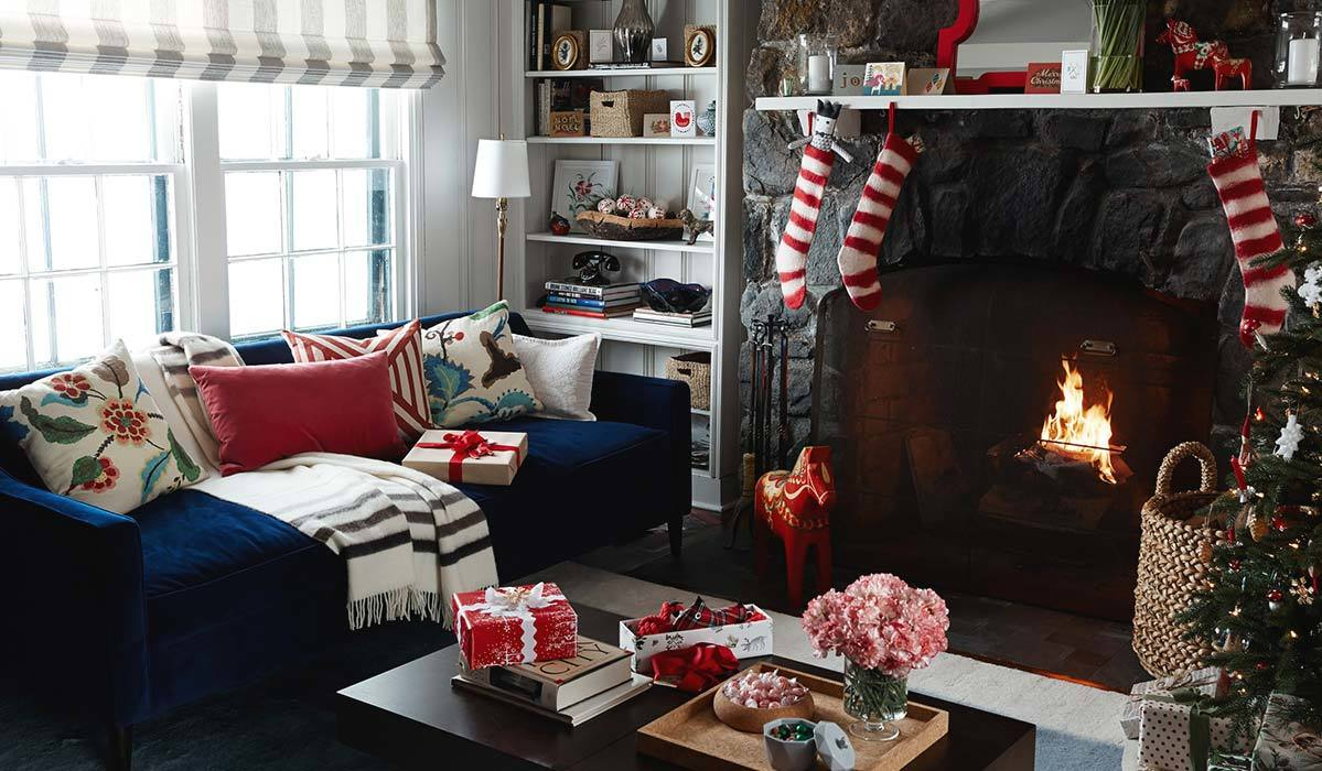 8 Christmas Decorations for a Cozy Holiday Retreat