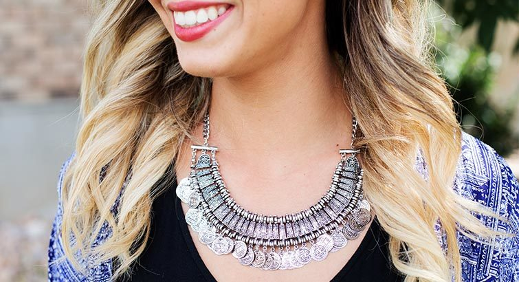 12ab13d3ab7 5 Necklaces You Need in Your Closet Right Now — And How to Style Them