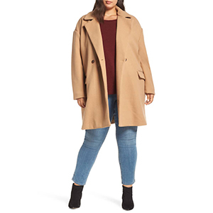Tan plus-size coat with buttons photo