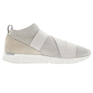 New Balance knit sneakers in the color Overcast. photo