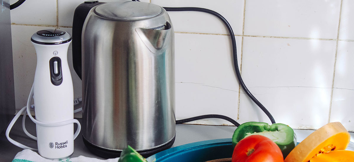 5 Electric Kettles That Do Way More Than Boil Water