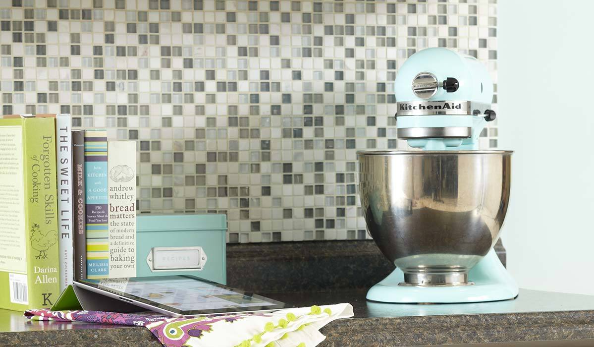Sur La Table Is Having Incredible Sales on KitchenAid Right Now (Up to 45% Off!)