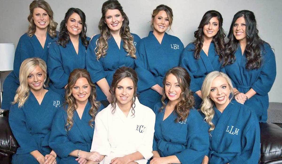 13 Beautiful Bridal Party Robes and Kimonos to Gift Your Bridesmaid Besties