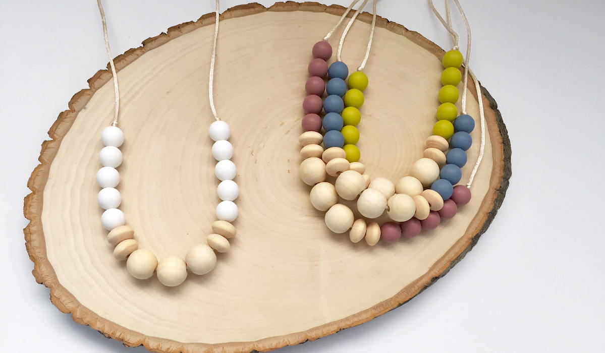 Stylish, Durable and Safe Teething Necklaces for Babies and Toddlers
