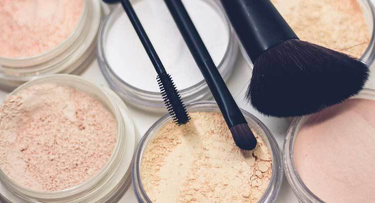 The Best Powder Foundation to Overcome Any Skin Concern
