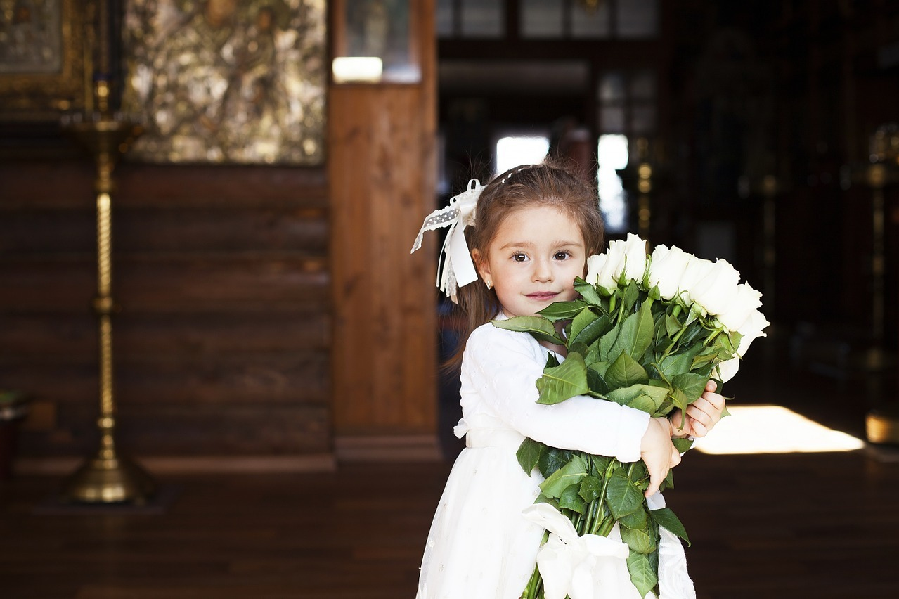 13 Delightful Flower Girl Dresses for 2019 Weddings