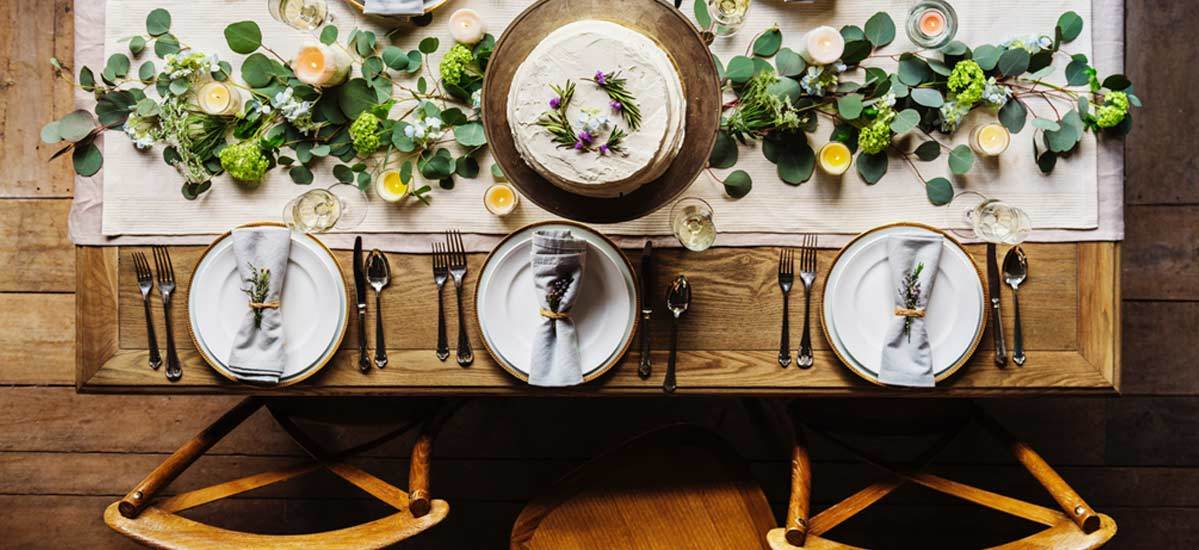 6 Pretty Picks You Need to Decorate Your Table for Any Season