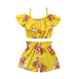 Toddler Girl Floral Ruffle Two-Piece Outfit photo