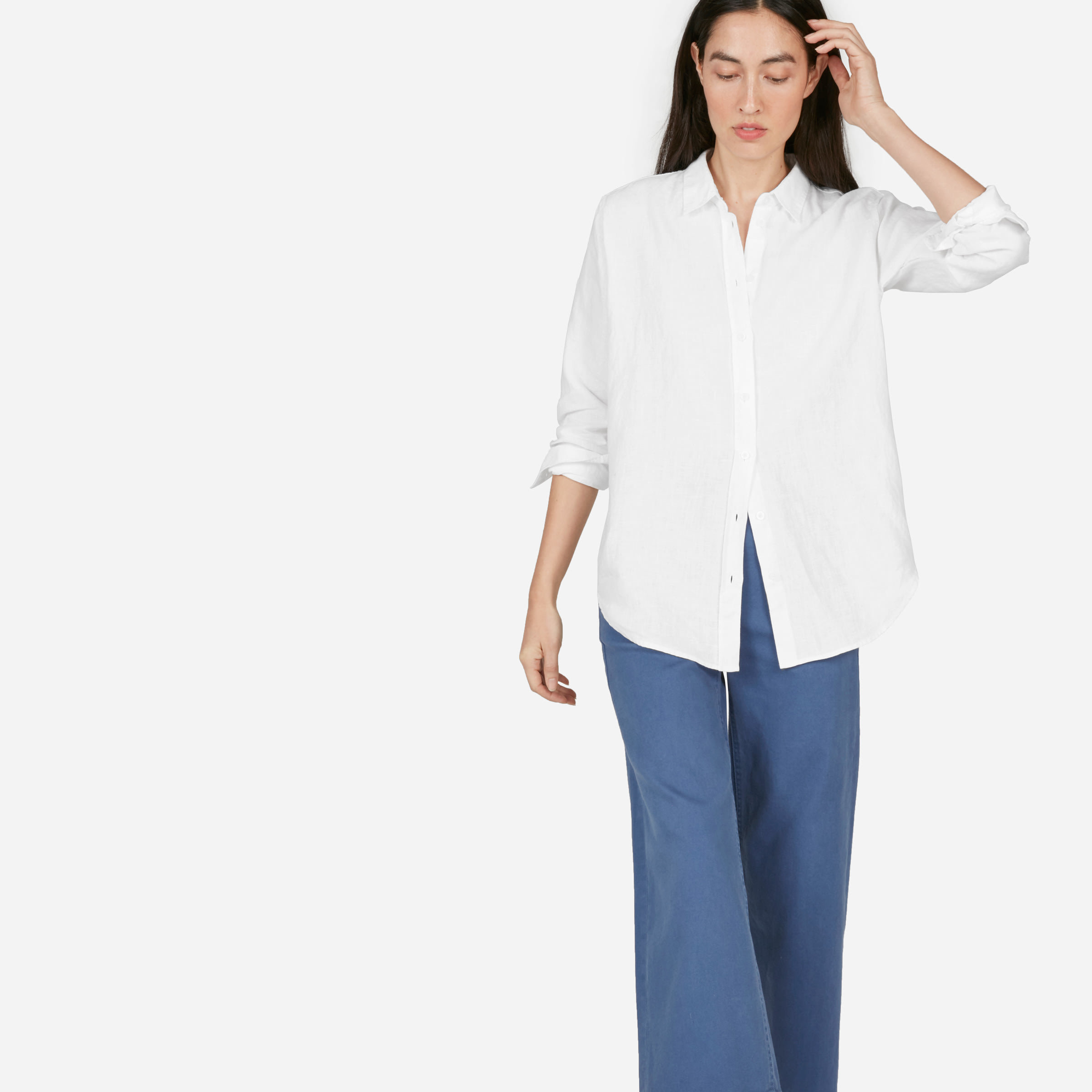 Everlane Linen Relaxed Shirt in white photo