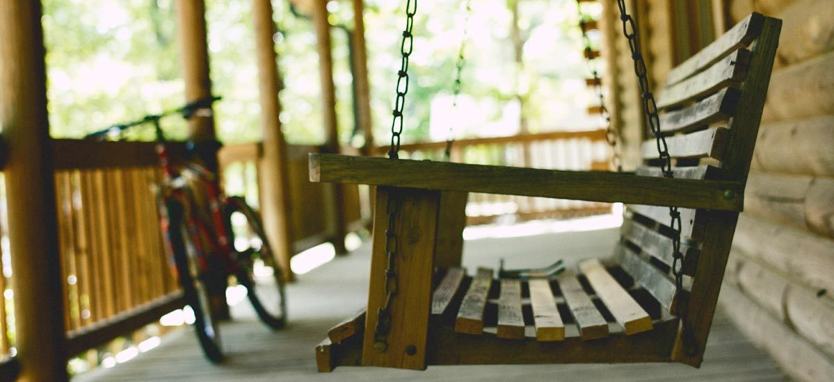 5 Porch Swings We're Obsessing Over—And You Will Be, Too