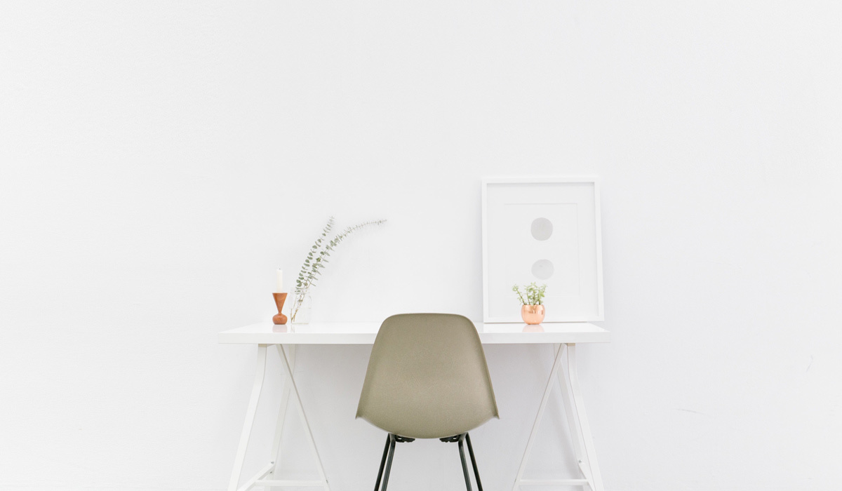 5 Furniture Finds That Are Practically Made for a Minimalist-Inspired Home