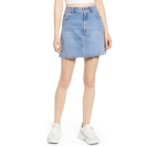 Denim skirt with a frayed hem from Nordstrom photo