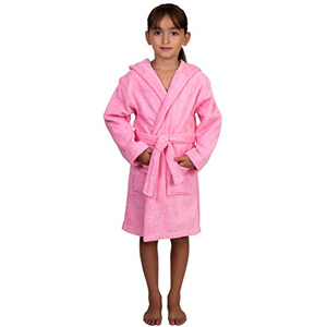 Little girl wearing a bright pink hooded robe from Amazon photo