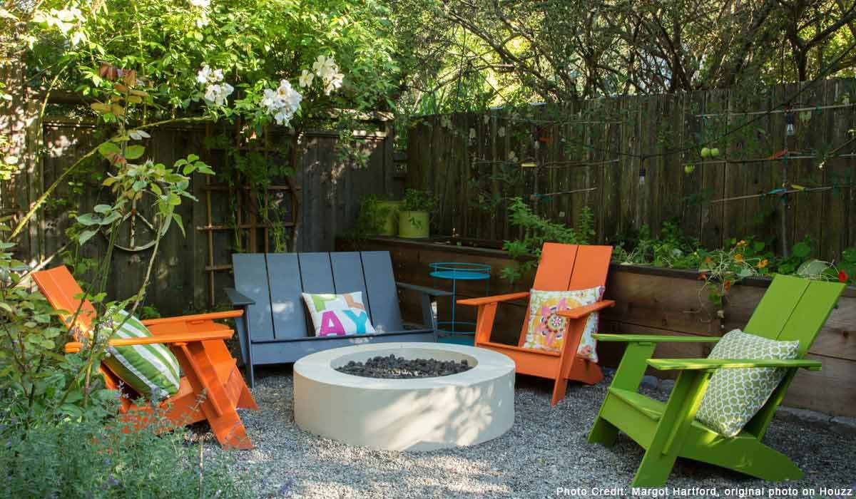 This Bestselling Fire Pit on Houzz Will Make Your Outdoor Space Super Cozy